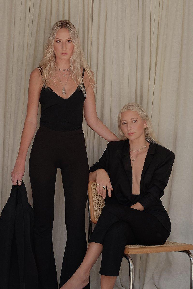 Pictured: Natasha & Alexandra of Natasha Schweitzer