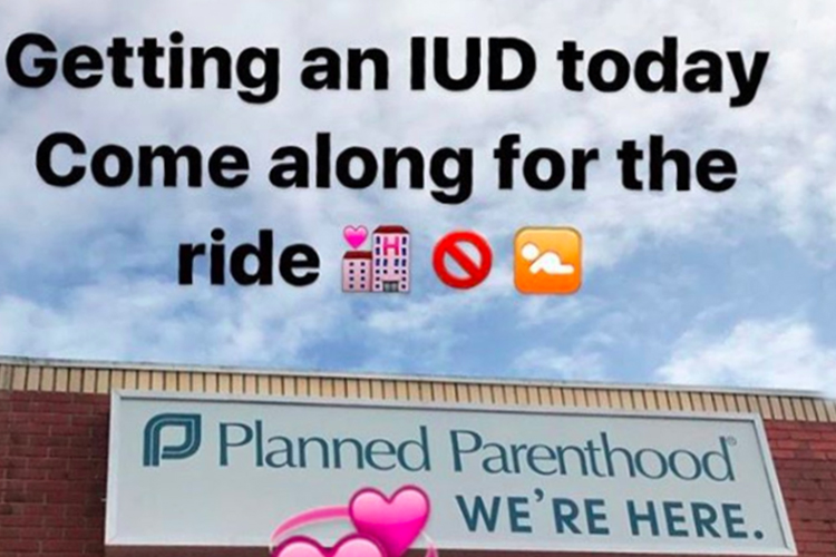 ALLURE - THIS WOMAN LIVE-STREAMED HER IUD INSERTION TO STRESS THE IMPORTANCE OF PLANNED PARENTHOOD