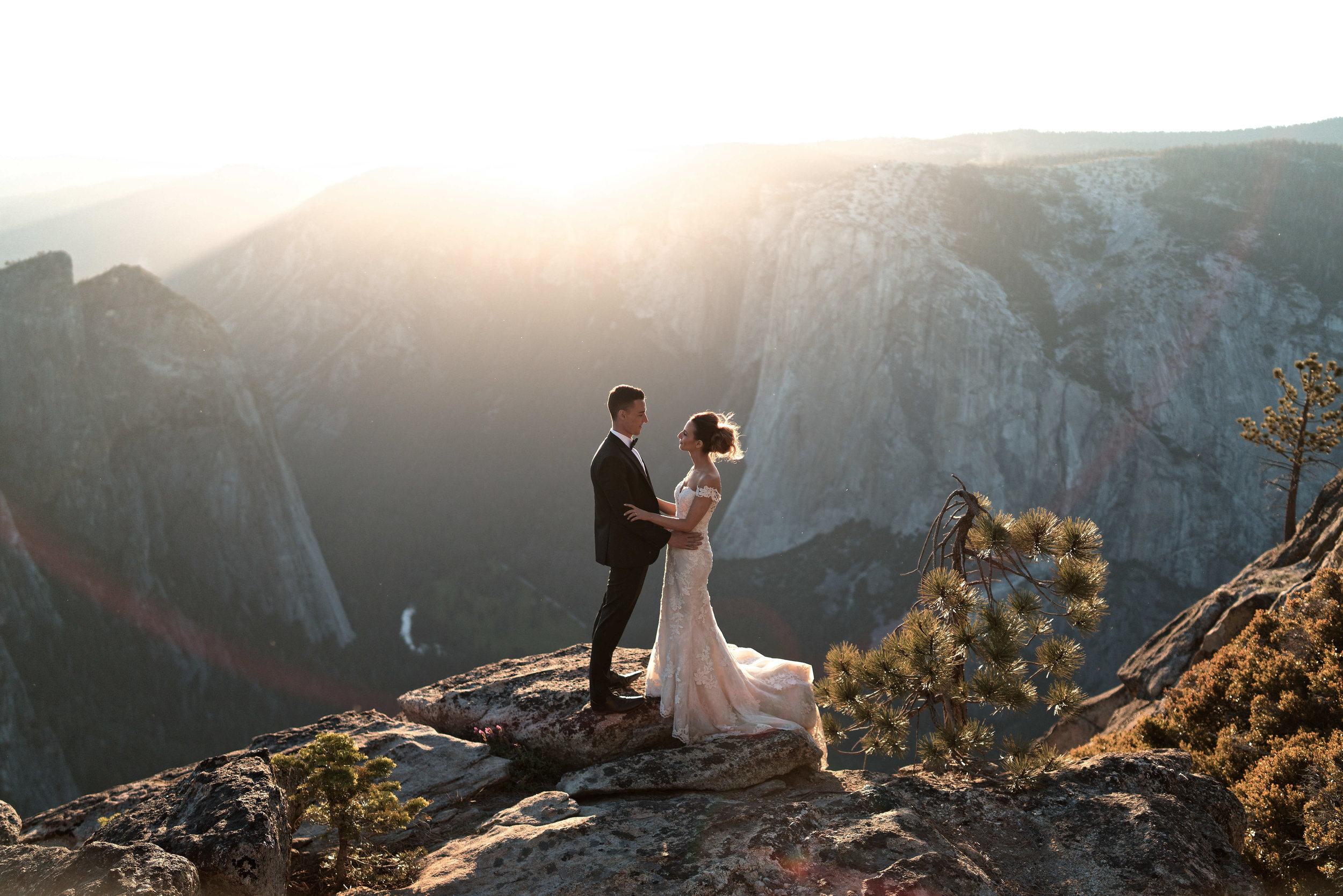 yosemite-adventure-wedding-amyjames (137).jpg