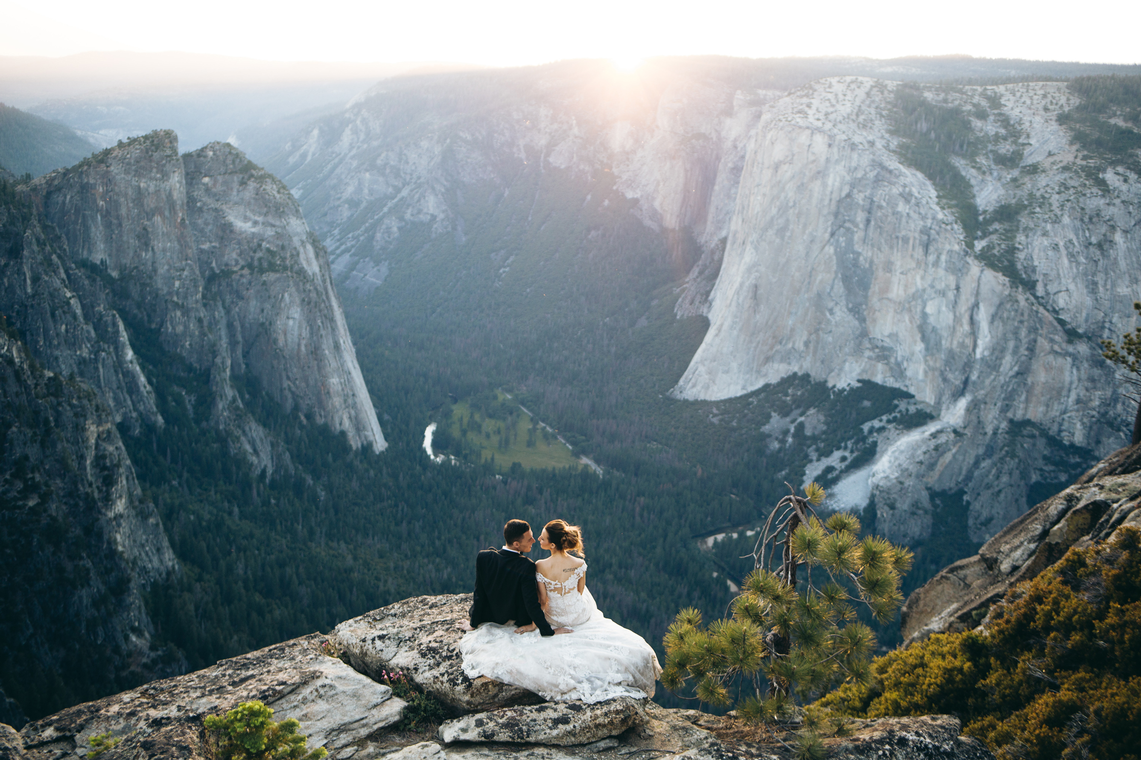 yosemite-adventure-wedding-amyjames (16).jpg