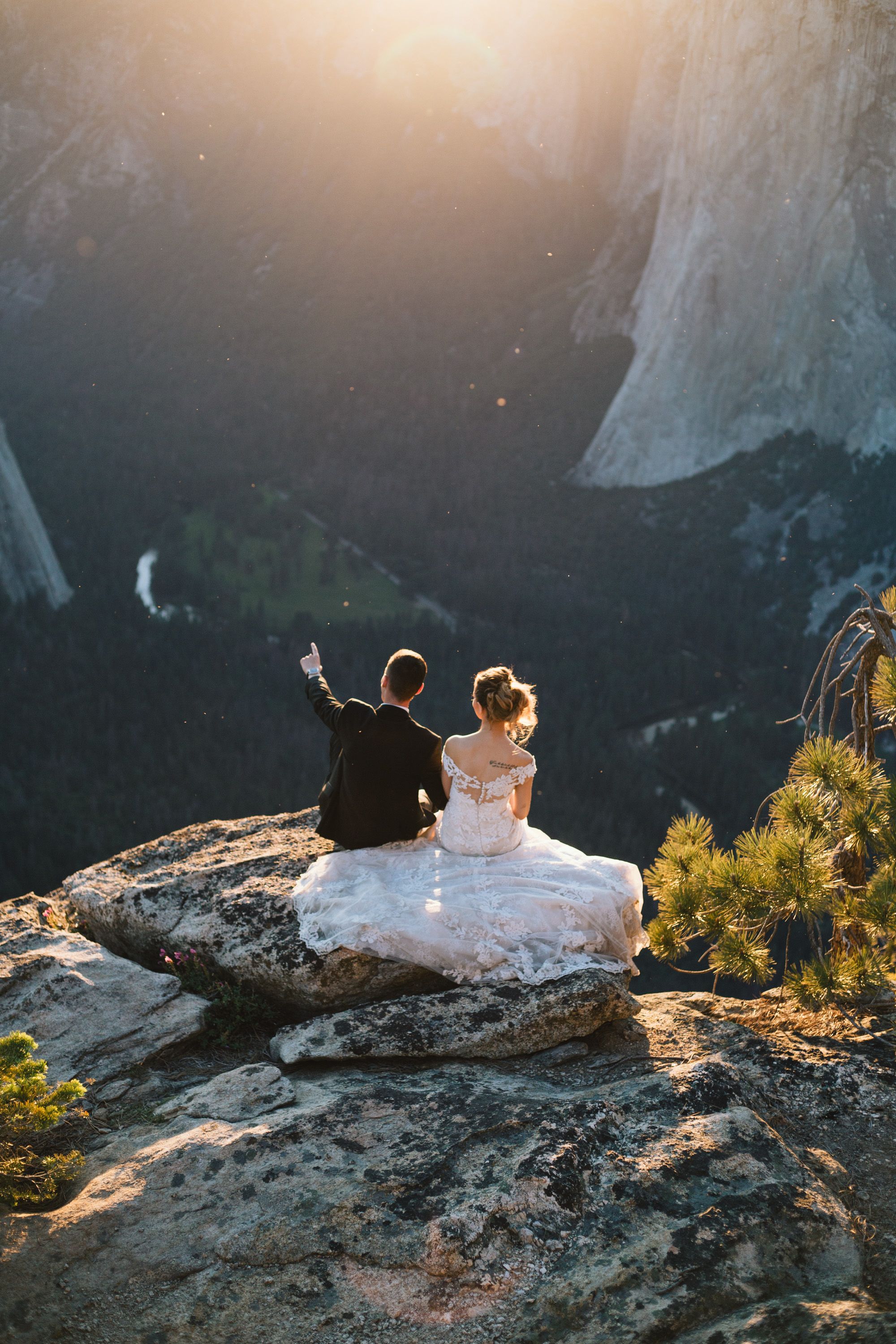 yosemite-adventure-wedding-amyjames (13).jpg