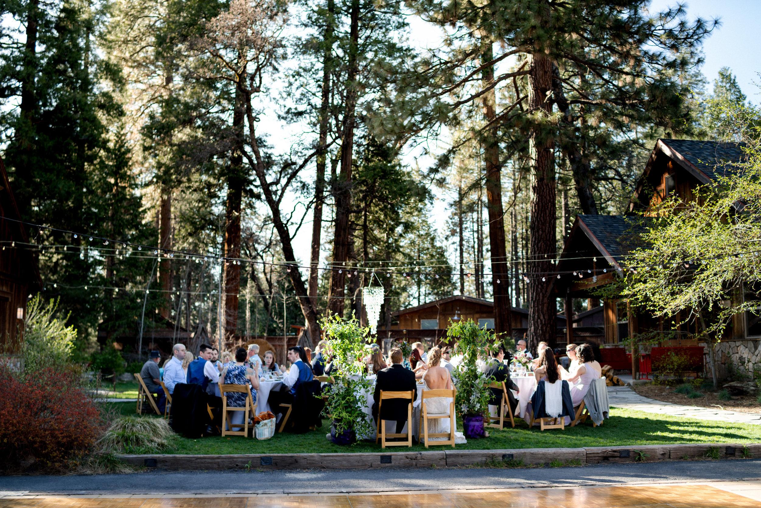 yosemite-evergreen-lodge-wedding-emilychris (276).jpg