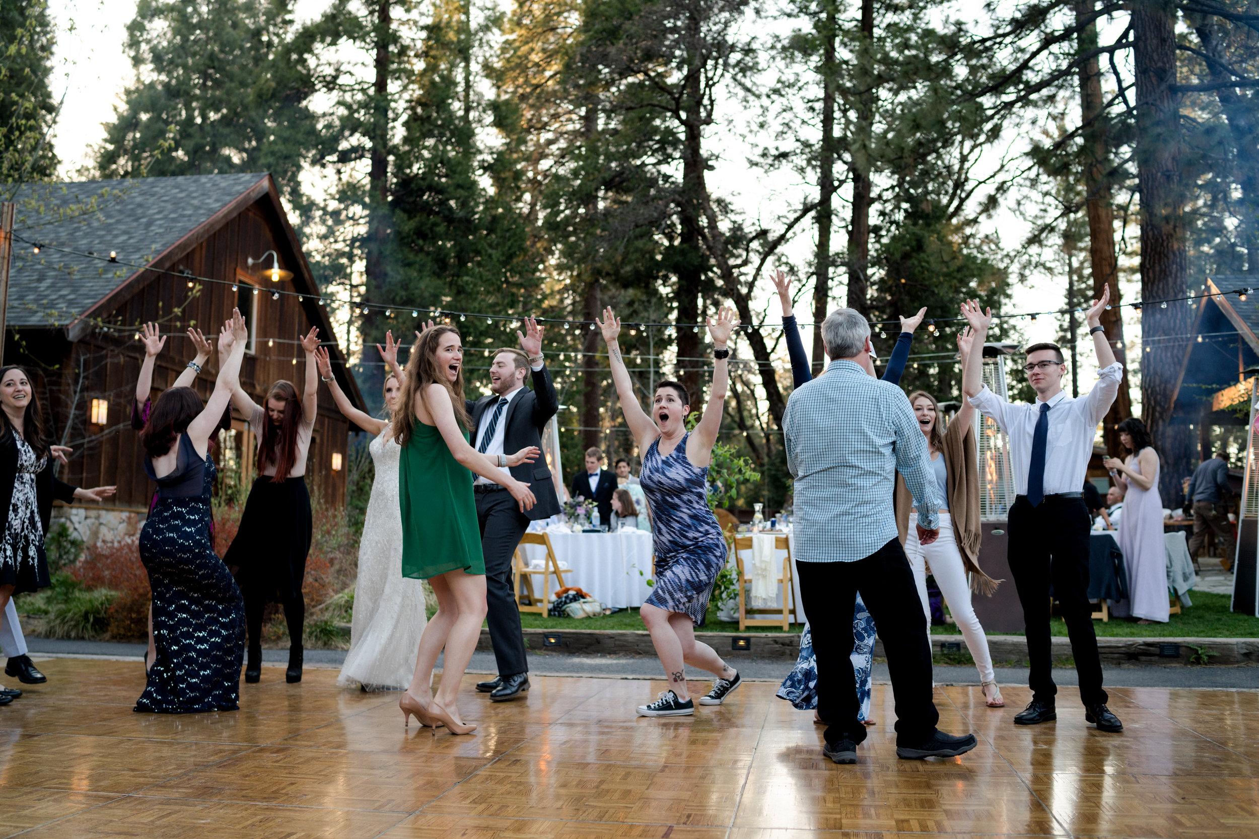 yosemite-evergreen-lodge-wedding-emilychris (52).jpg