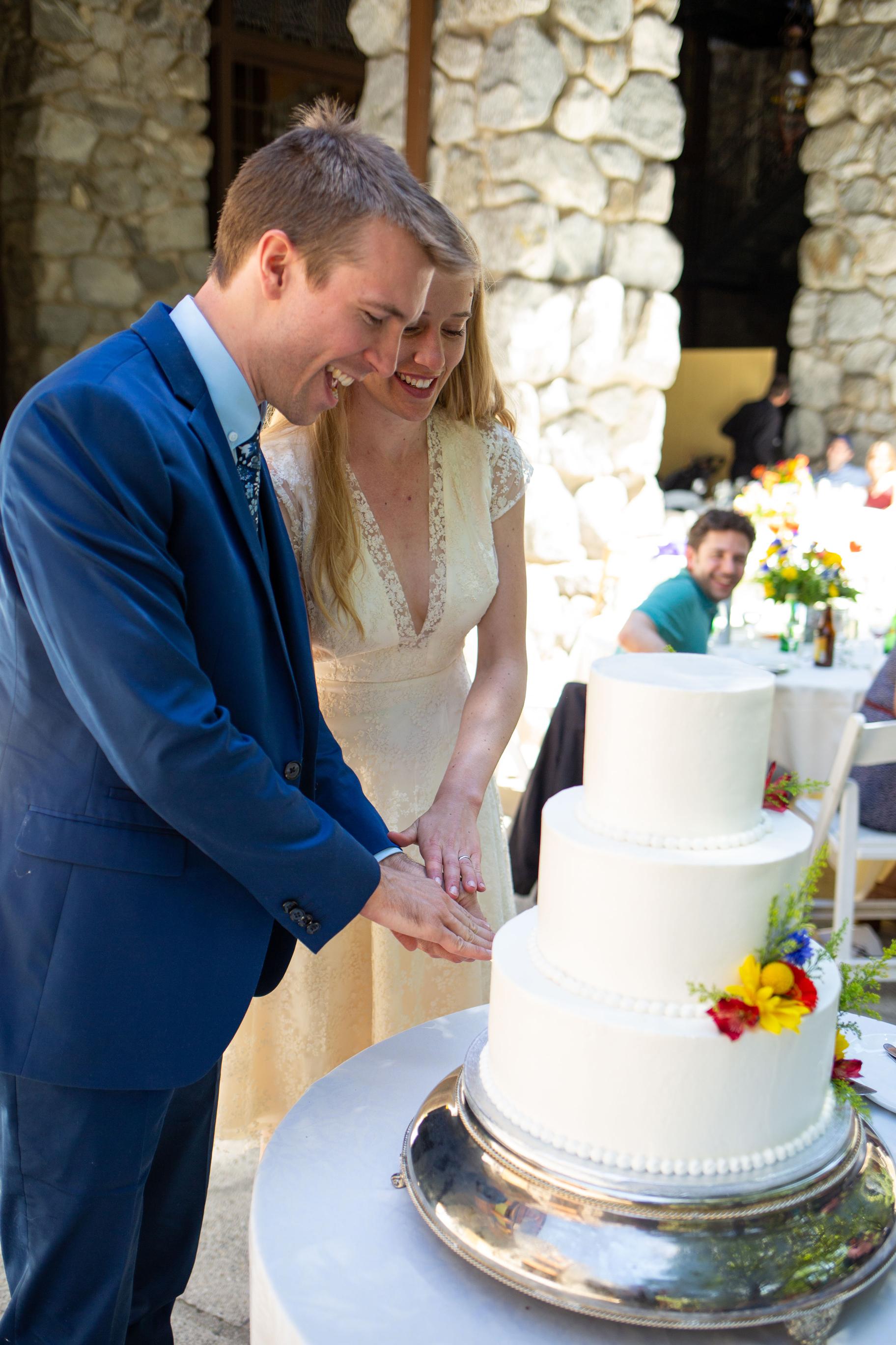 yosemite-adventure-wedding-alisonscott (17).jpg