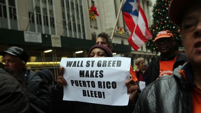 puertoricodebtprotest01152015getty.jpg