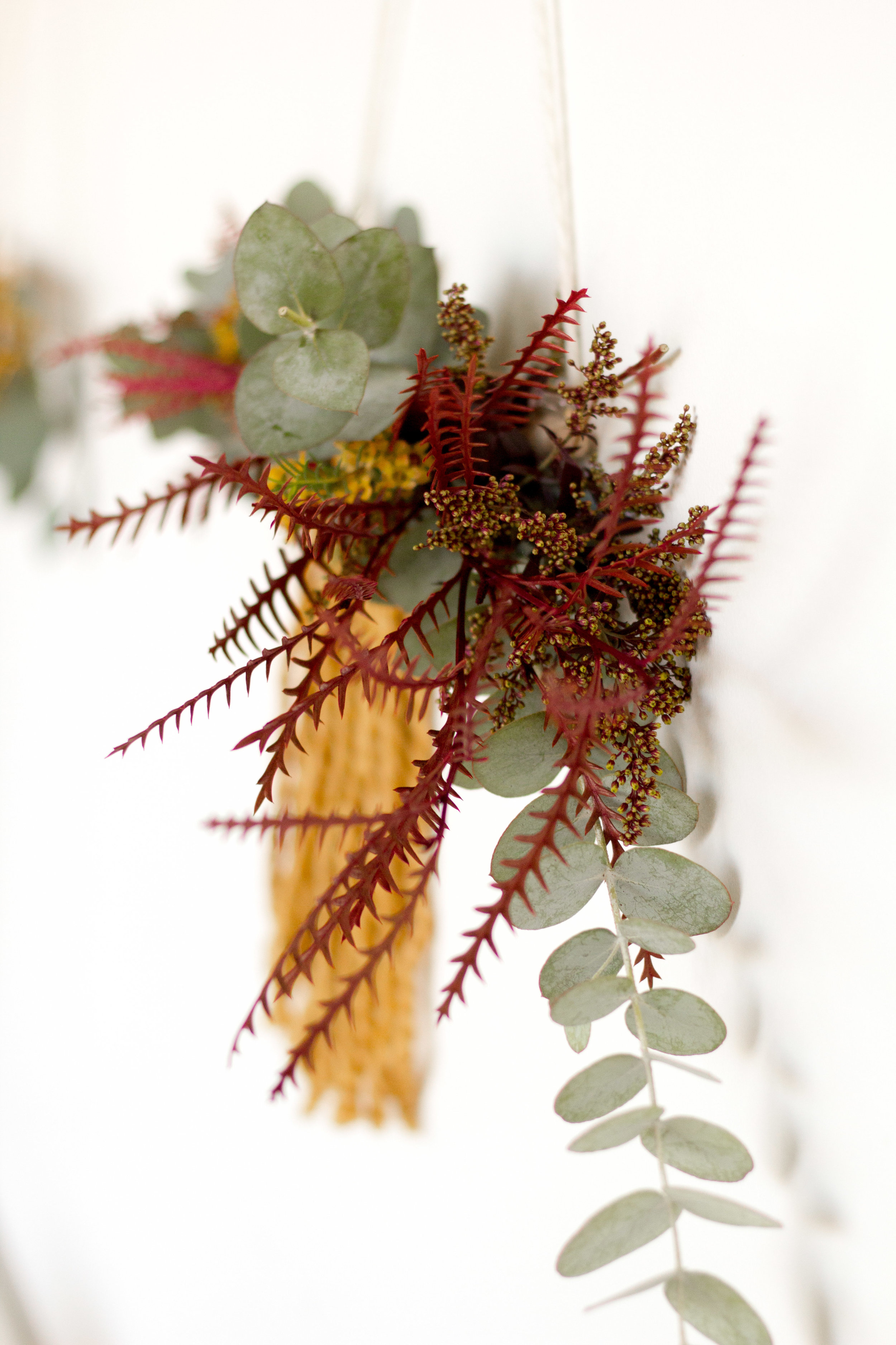 Fall Wall Hanging Wreath | Relevant + Raw Installation | @RelevantRaw