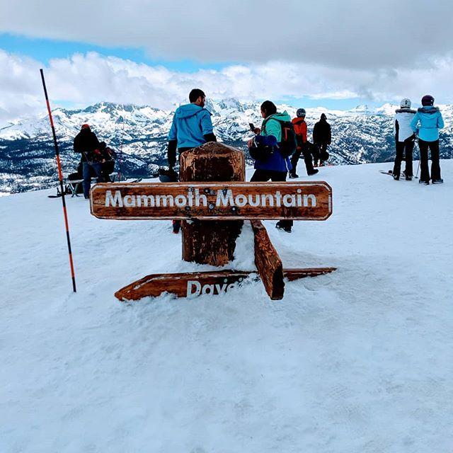 California Endless Winter. . . . . . . #ConnectedStates #mammothmountain #snow #snowboarding