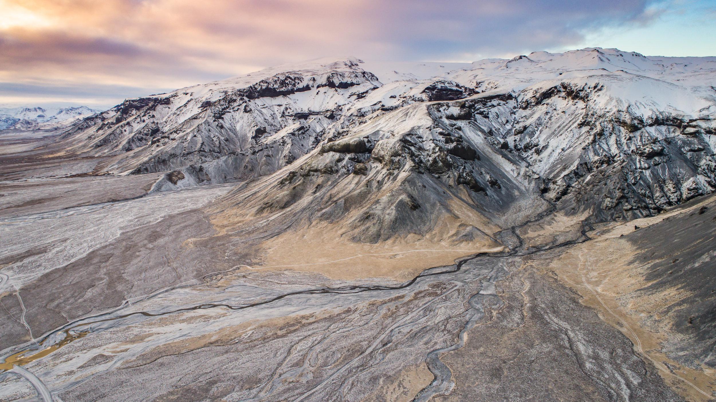 1704-ICELAND_DJI_0921-2.jpg