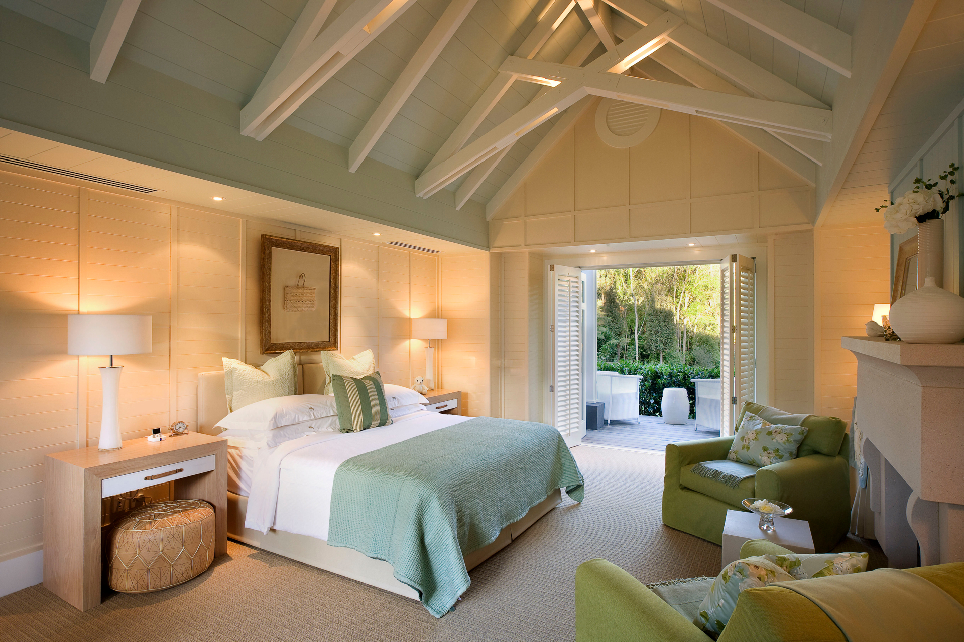 Huka Lodge, Alan Pye bedroom.jpg