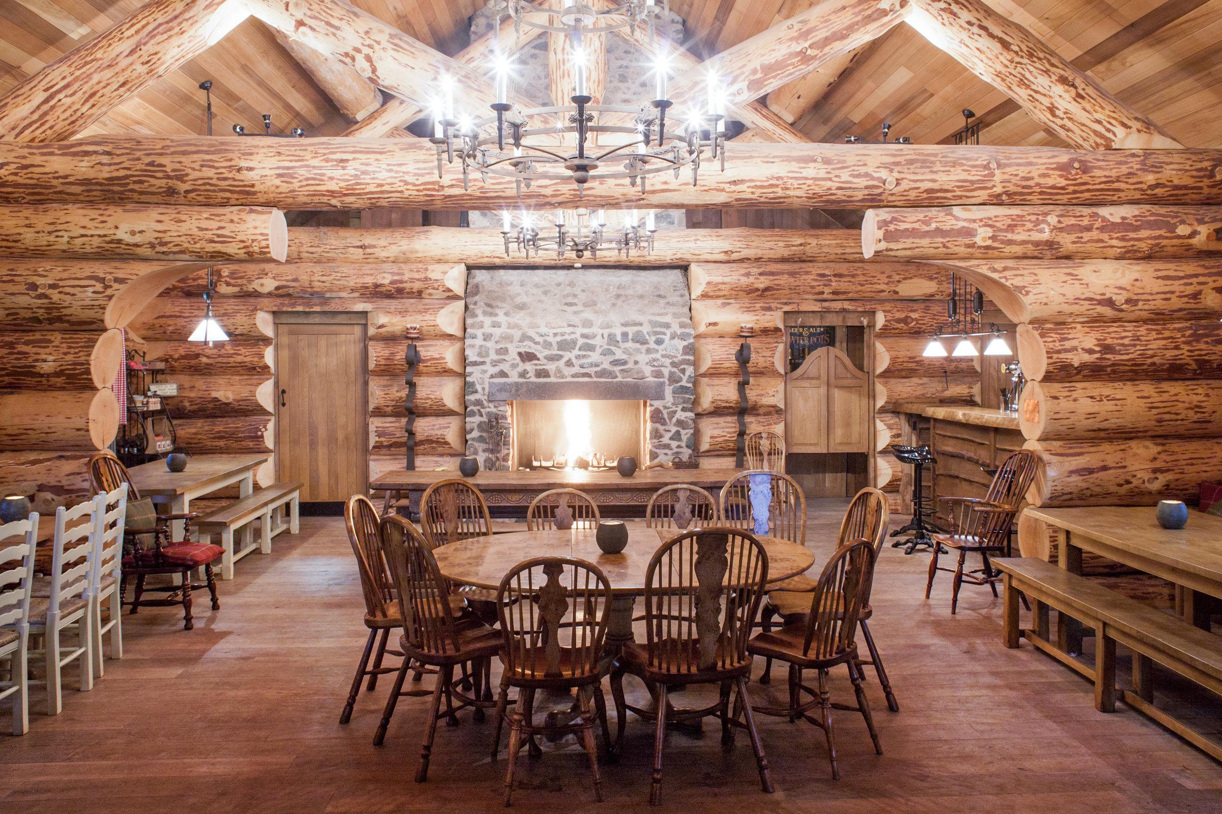 reclaimed oak flooring substitute.jpg