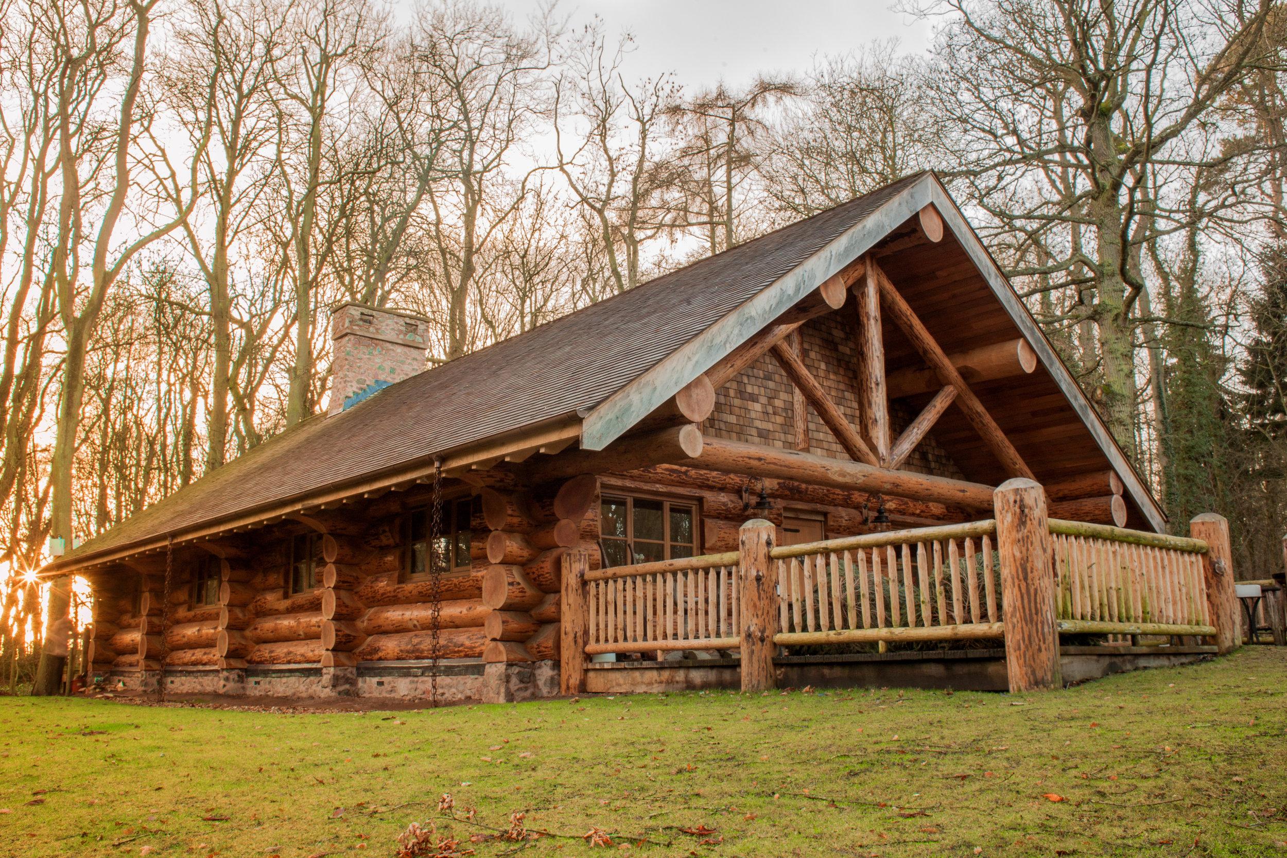 log cabin project Engineered hardwood parquet.jpg