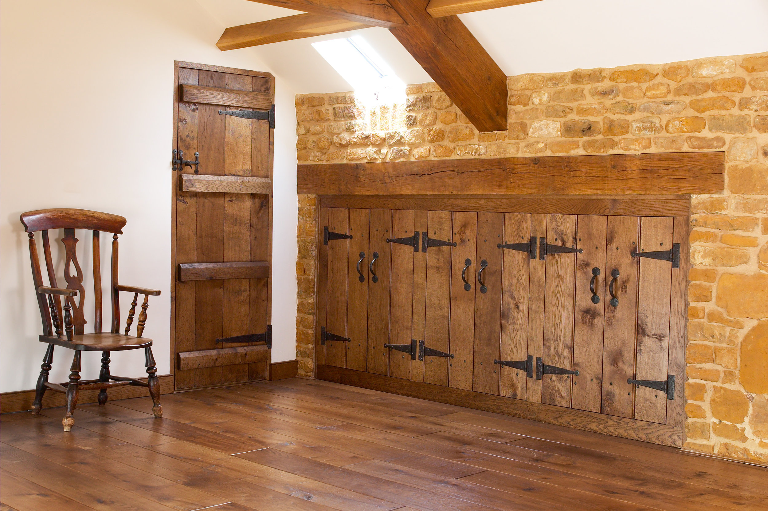 bedroom craftsman aged wooden floors.jpg