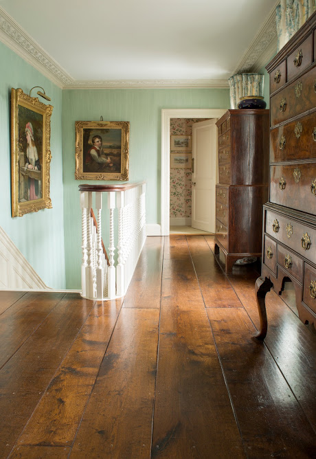 A  residence in Wiltshire  provides the perfect postcard picture to inspire and appreciate the perfection of oak flooring.