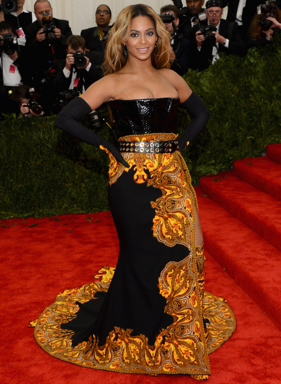 gallery_big_Beyonce_MET_Gala_2013_Dress.jpg