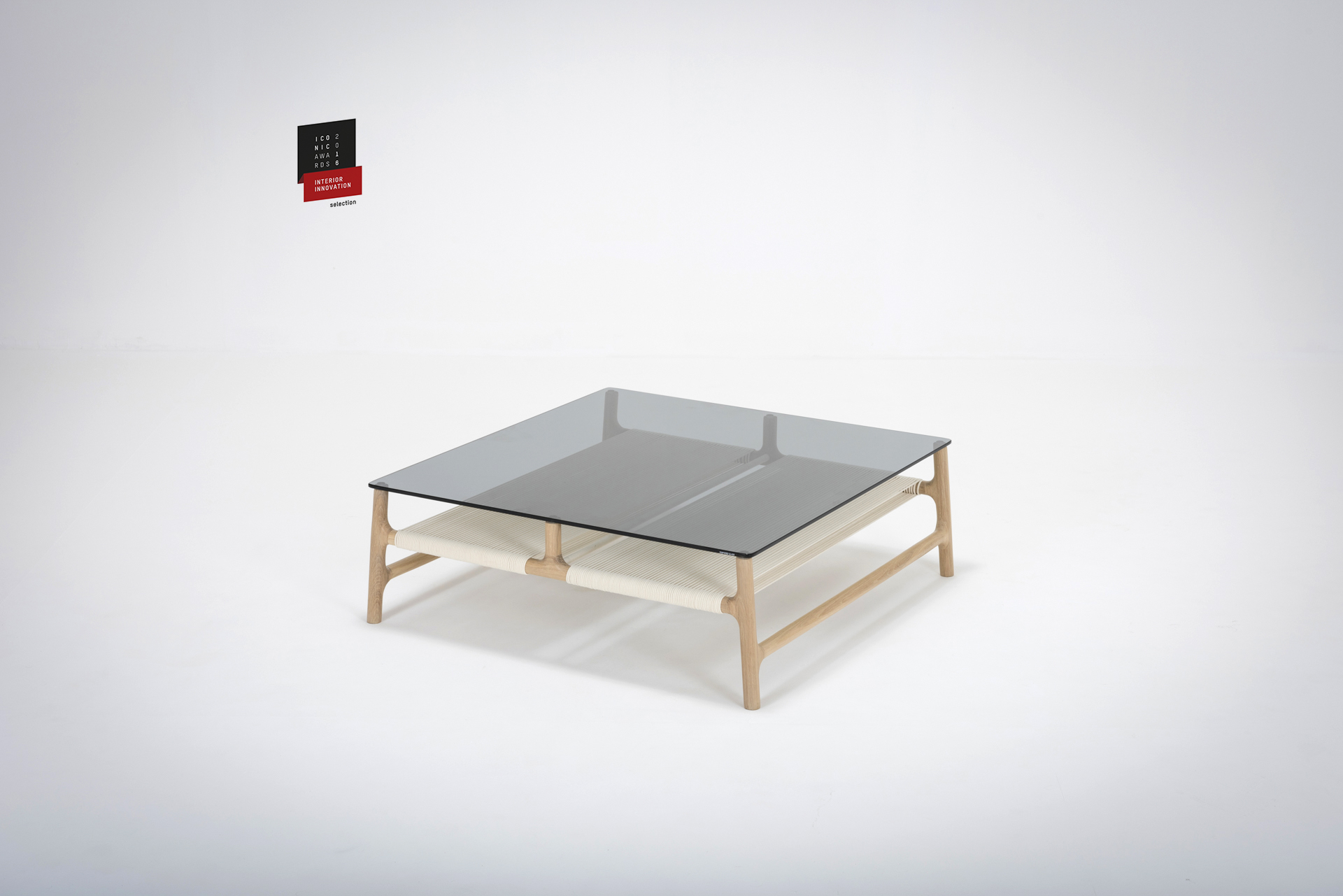 Fawn coffee table - Iconic Award: Selection 2016