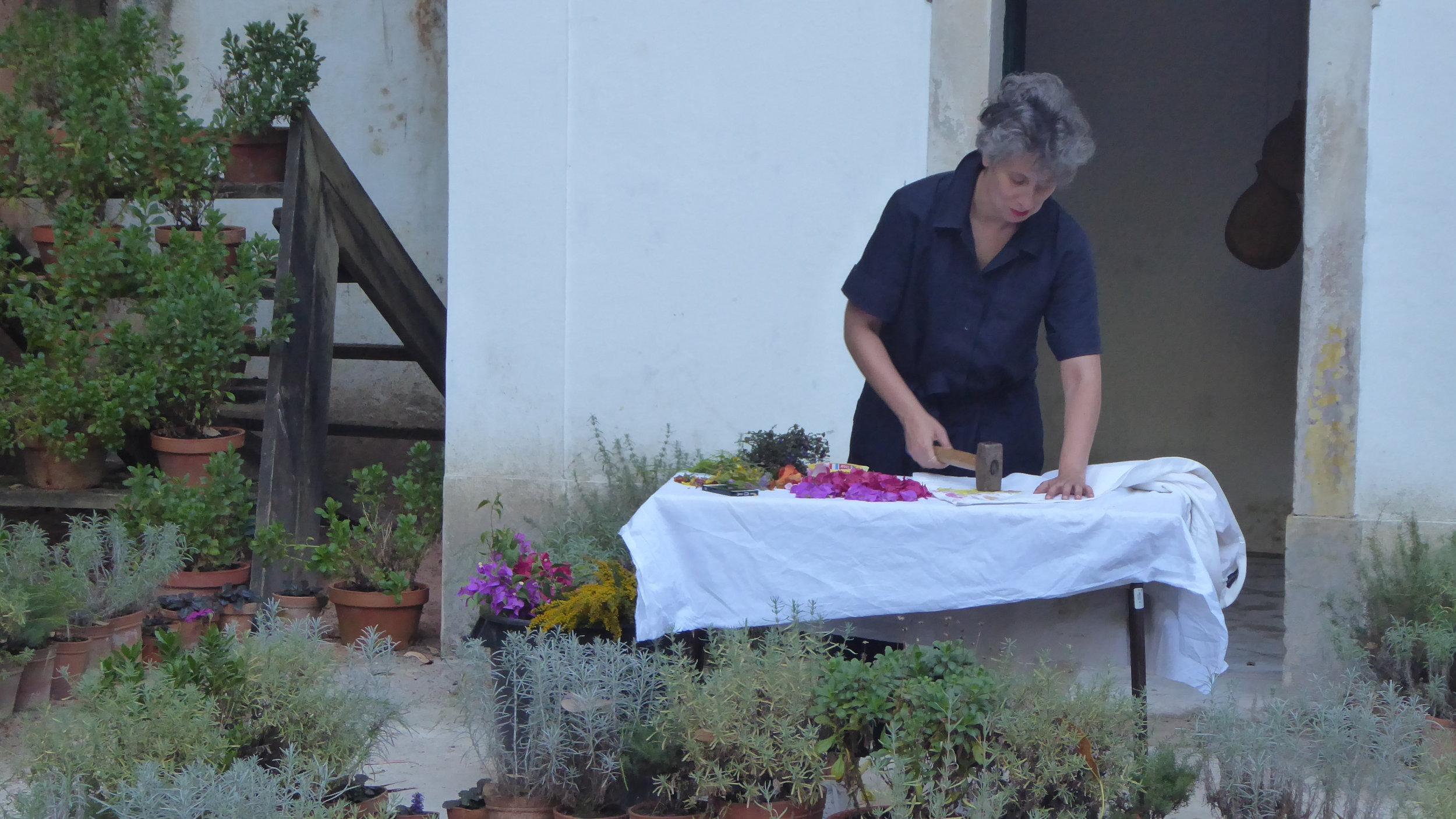 A collaborative project with performer Sónia Baptista at Culturas Experimentais, at Casa dos Narcisos in the Botanical Garden of Coimbra, Portugal.