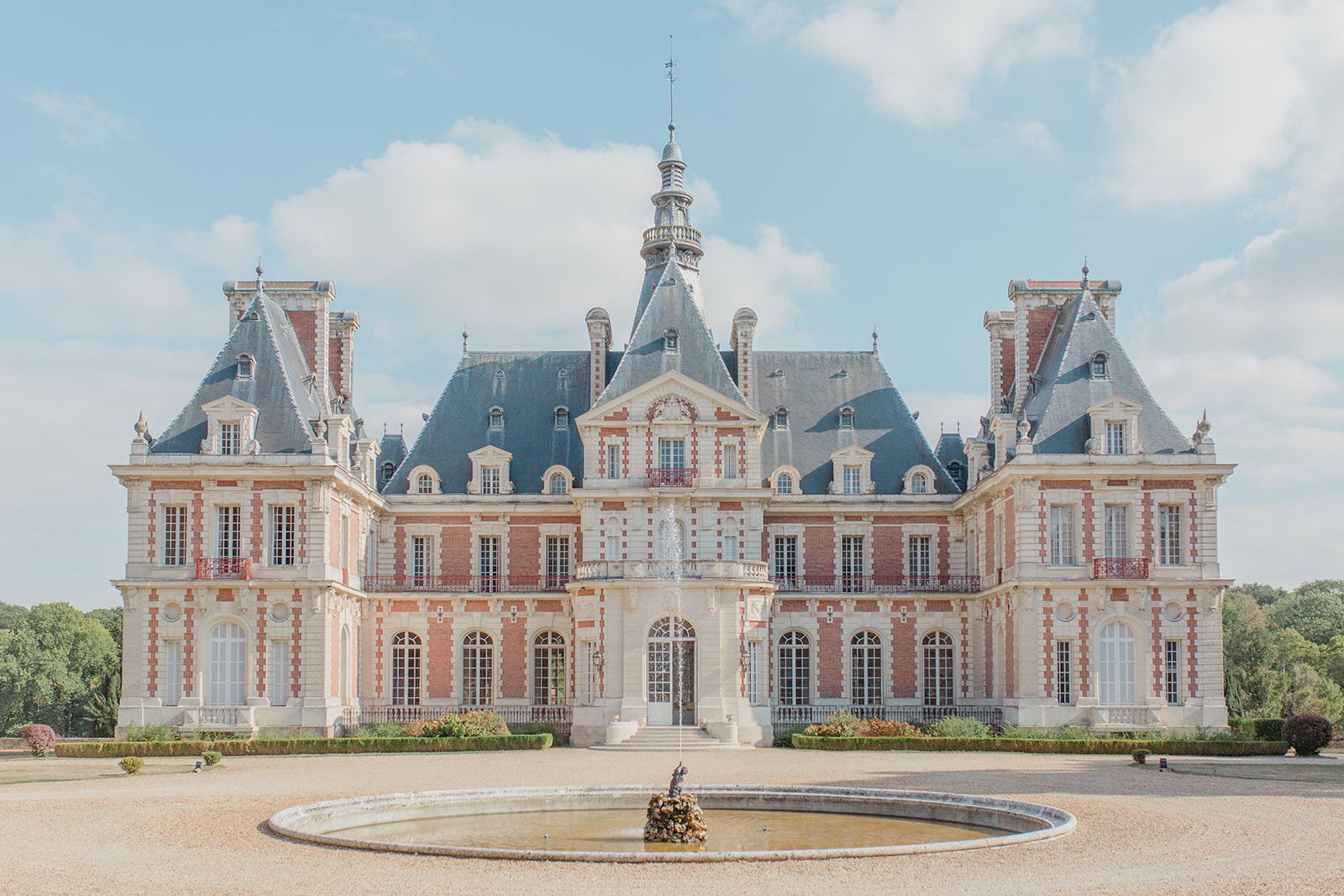 Shooting Chateau Baronville.jpg