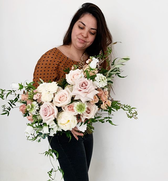 Romantic, whimsical & timeless bouquet for the beautiful Monique 💐🌸🌿