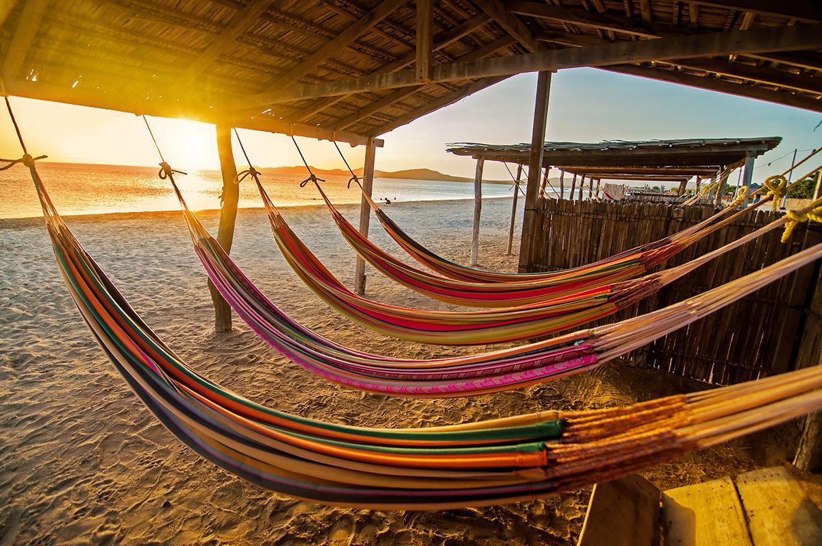 Am Strand, dem Geräusch der Wellen lauschend schläft es sich am Besten