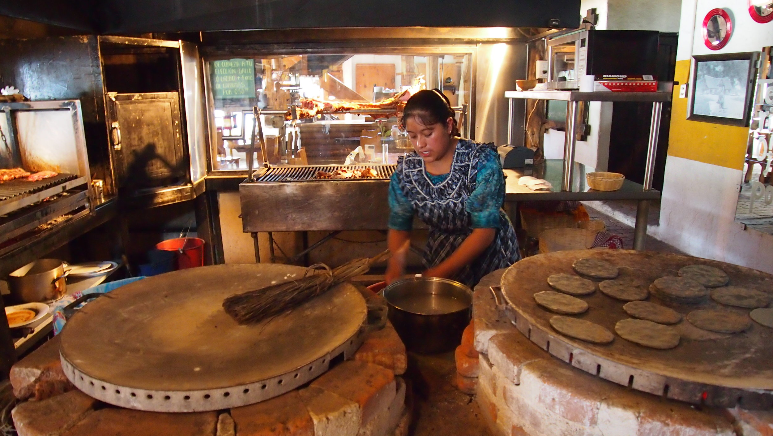 Guatemalan Tortilleras.JPG