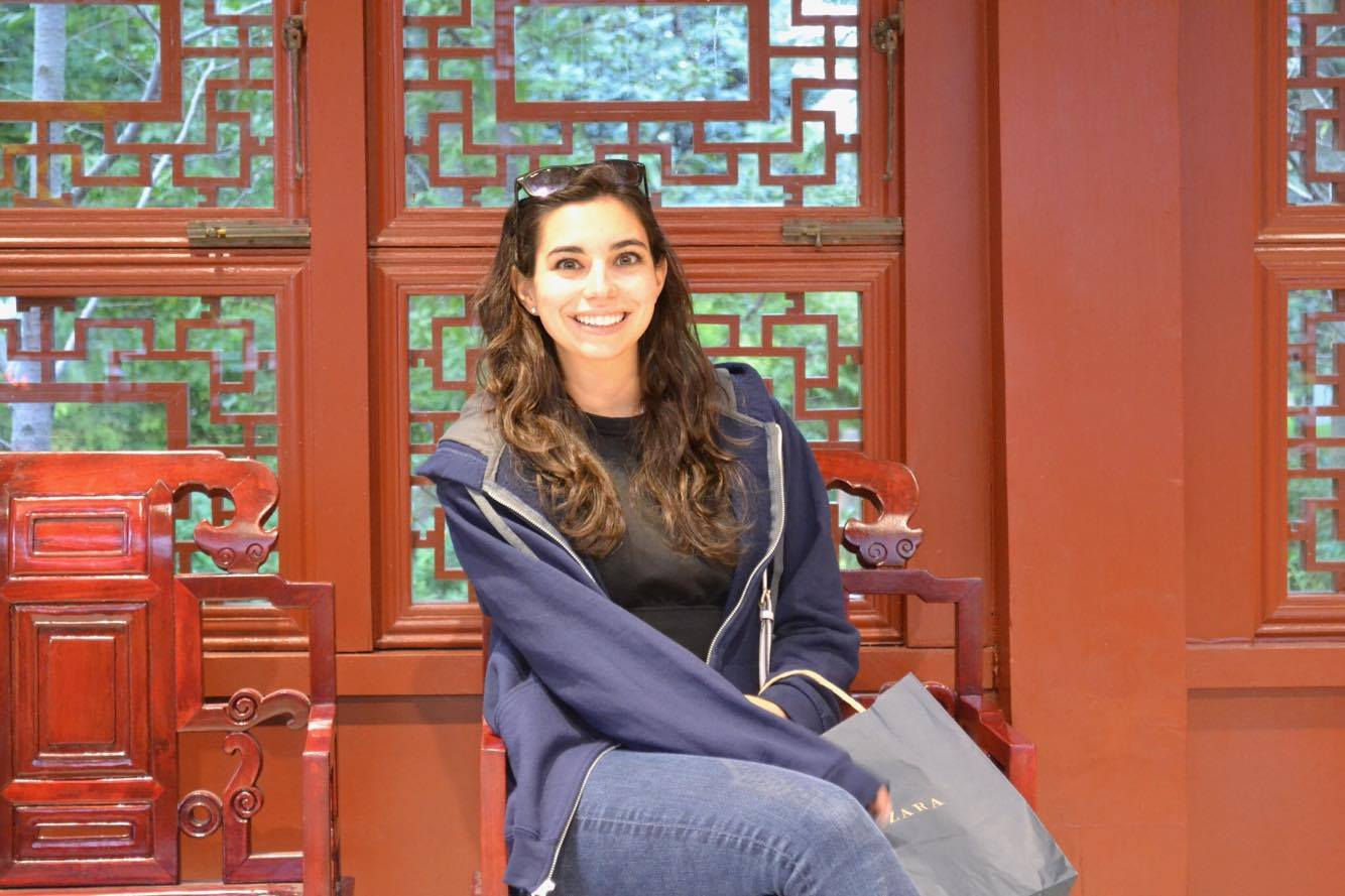 SYDNEY HAJJAR / MANAGER, OPERATIONS    Consumer Experience & Social Media    Alden Shoes, Boston College