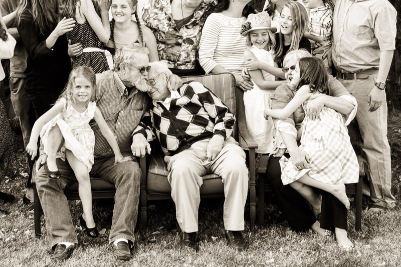 Denver-family-gathering-photography-11.jpg