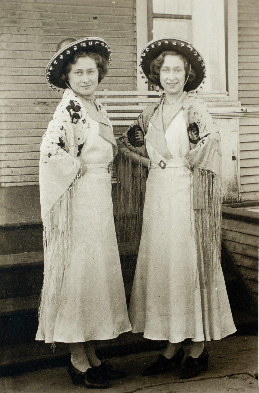 Photo I Never Took - twins in spanish shawls
