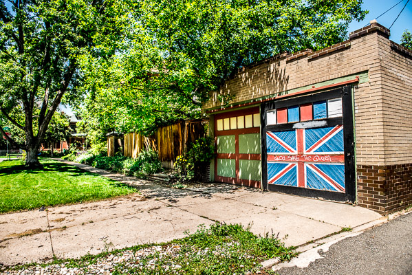Garage door painted with the Union Jack.