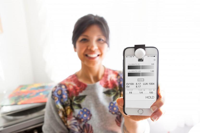 luxi-iphone-light-meter-eedd.833x