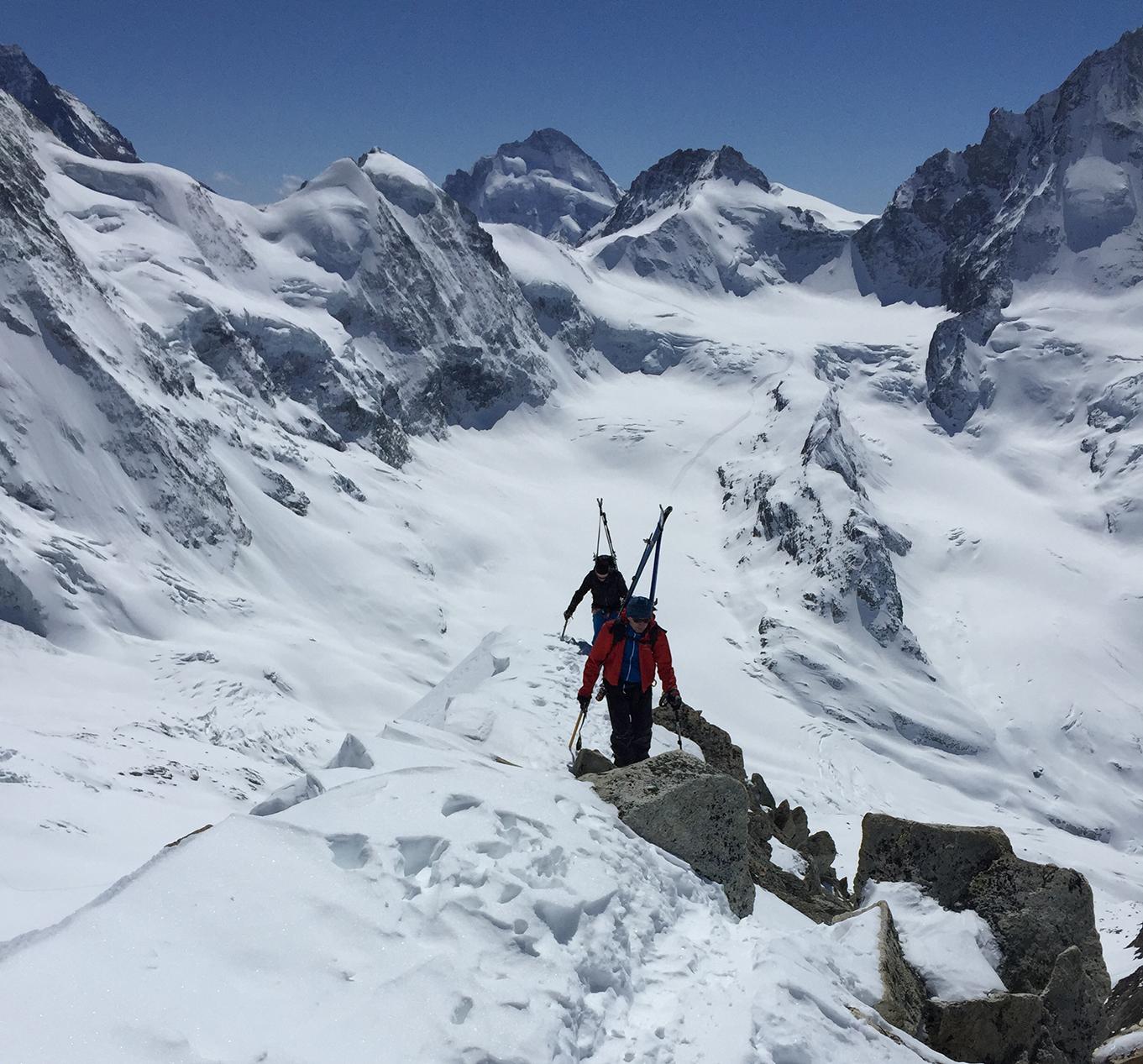 Ski-Hochtour im Wallis, Gipfelaufstieg
