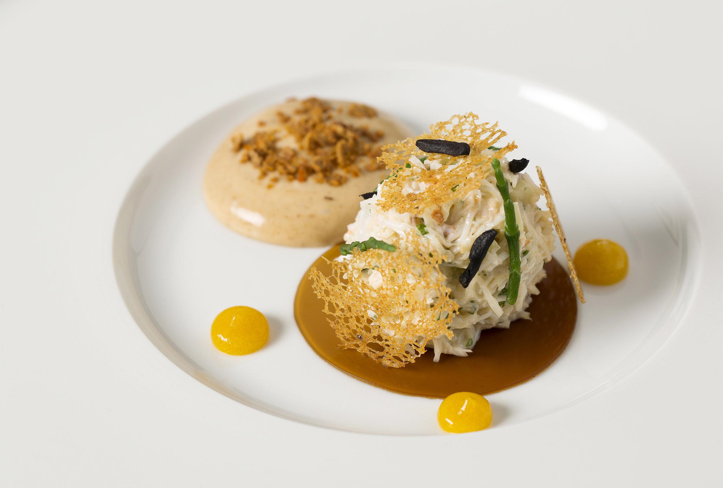 Colchester crab salad, apple _ coriander, black garlic, lemon purée, brown crab foam, sourdough crisps (1).jpg
