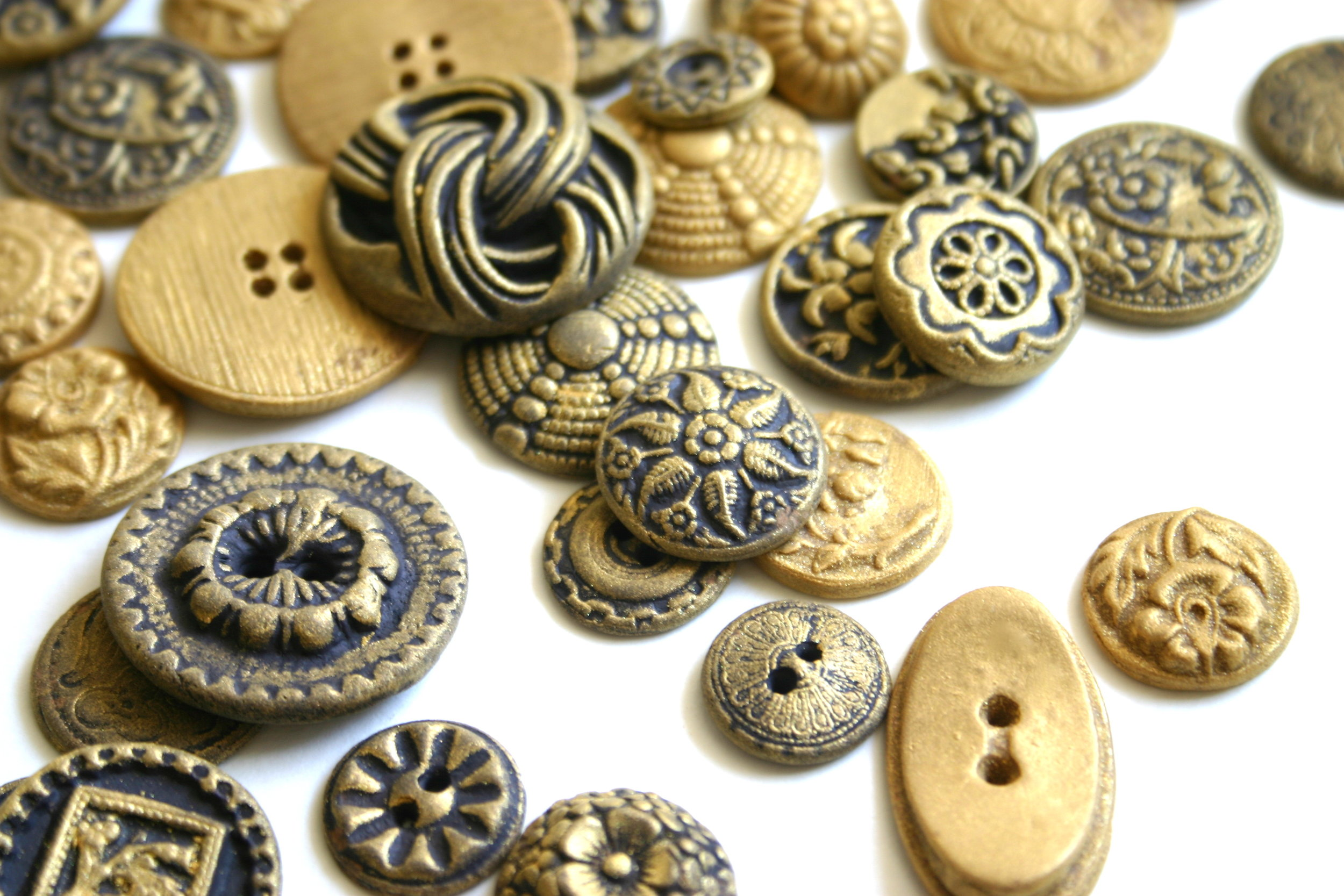 brass buttons .jpg