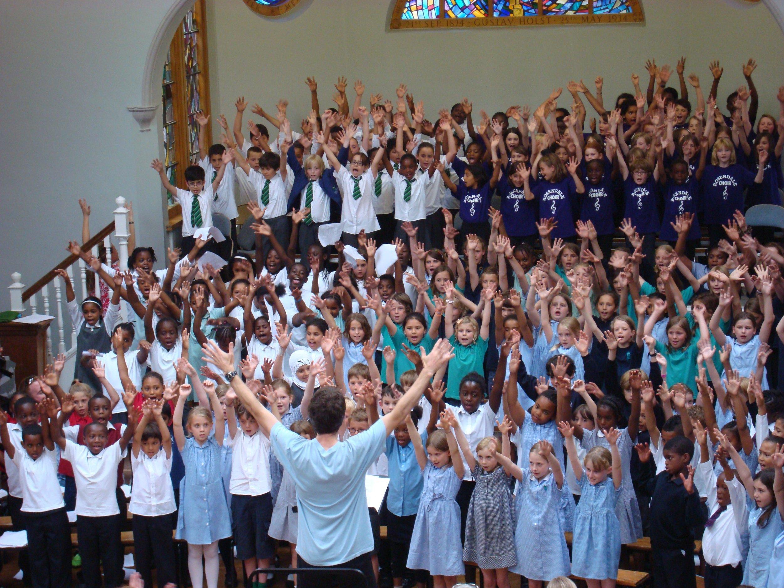 AL'E at JAGS Primary Schools' Singing Festival 2010.jpg