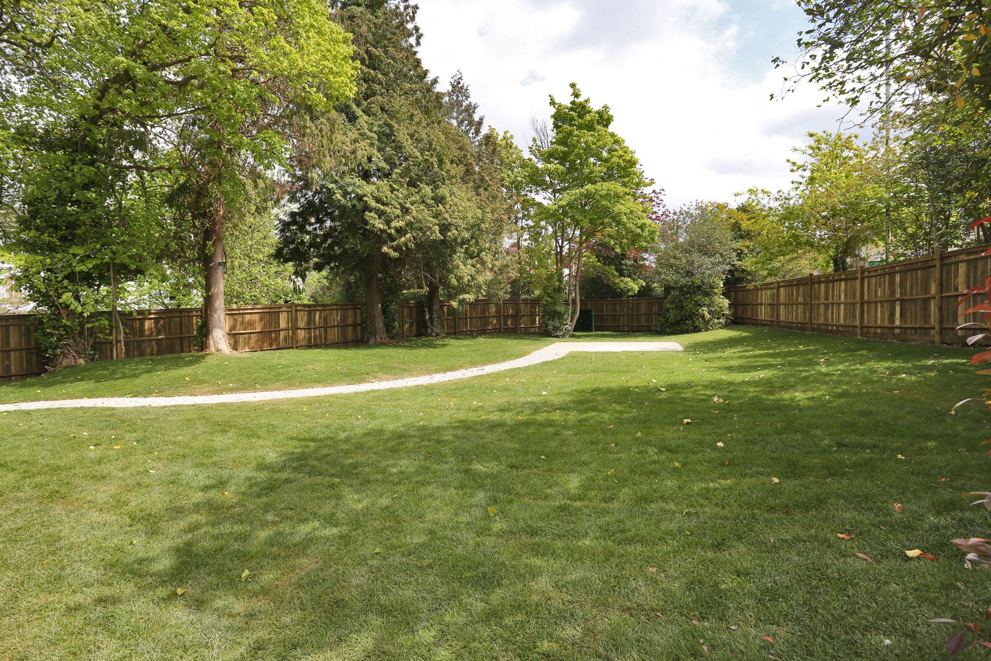 Lansdowne-Villa-4.jpg