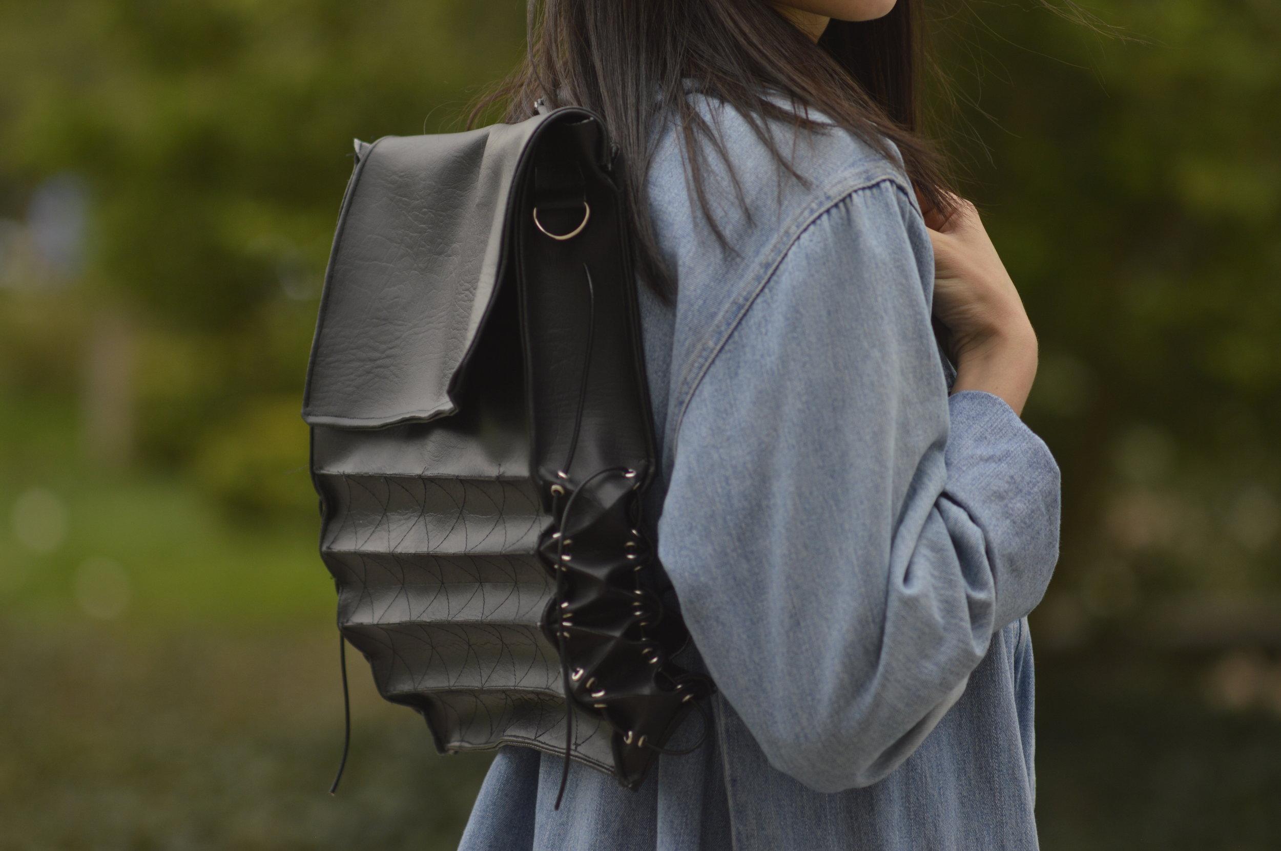 Pleat - Adaptable Bag for Women