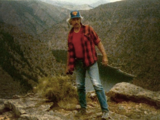 002 | AUG 7, 1988 - Despite having a known fear of heights, Reinhard tells Silver Plume residents he's going to hike to the top of Pendleton Mountain, a 12,500 foot peak. Keith was last seen leaving town at 5 PM.