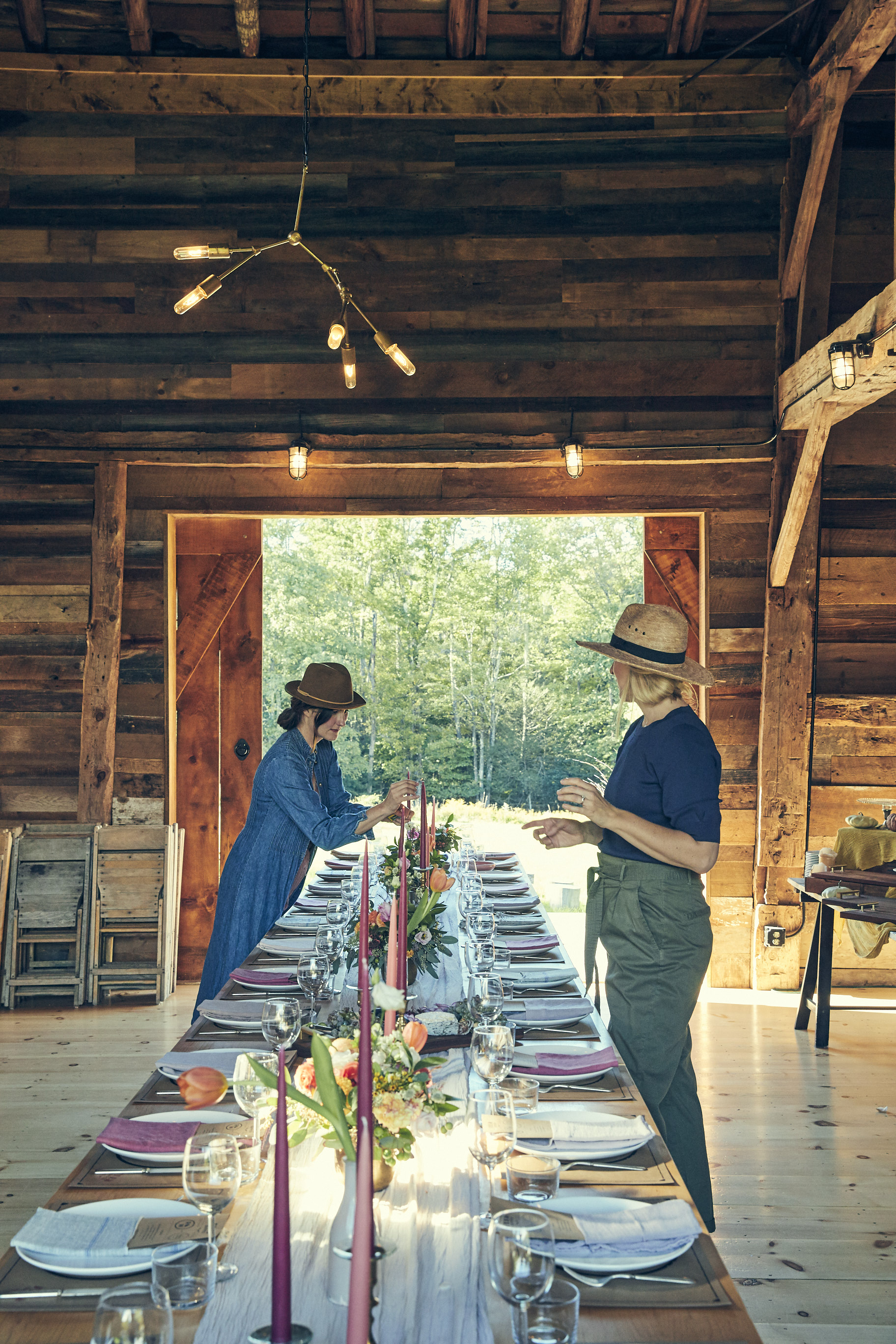 AUTHOR SARAH COPELAND X DESIGNER DANA McCLURE  DREAMY FEED SUPPER IN THE HUDSON VALLEY