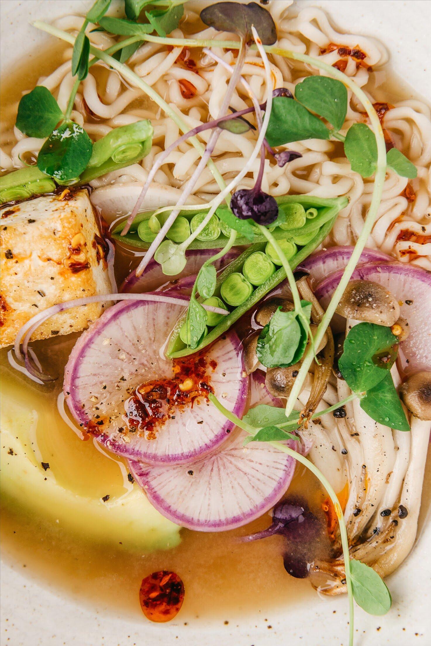 EASY MISO RAMEN (WITH TOFU, AVOCADO AND CHILE SAUCE) #easydinner #ramen #noodles #sarahcopeland #healthydinner