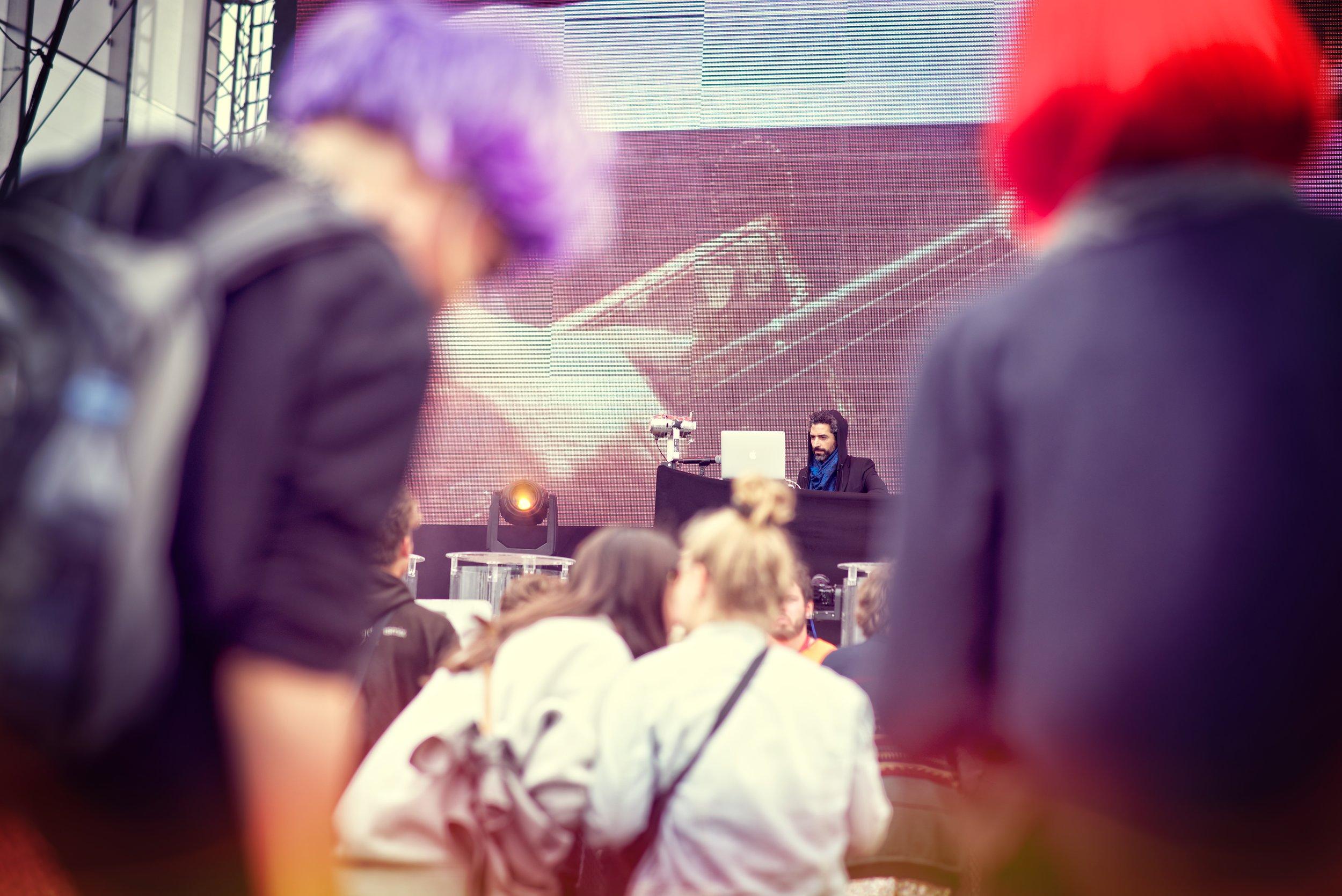 2016.07.02 - Roskilde Festival (Nikon D750 85mm)_21 - Nicely Toasted Minus Texturizer.jpg