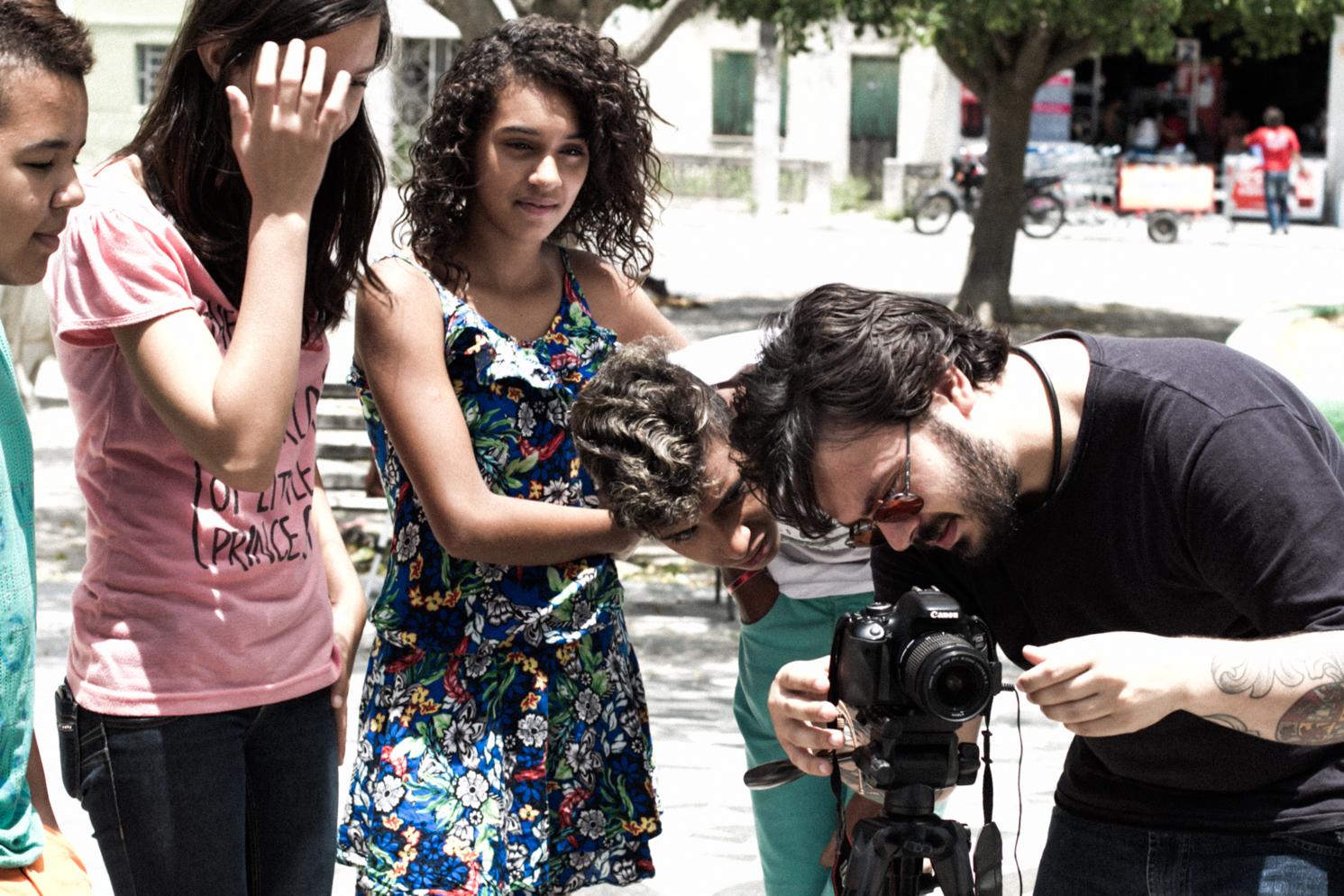 Instructeur de Réalisation de Documentaires - Enseigner à 10 élèves les bases du cinéma afin qu'ils puissent raconter leur propre histoire de Chefchaouen et de sa musique traditionnelle