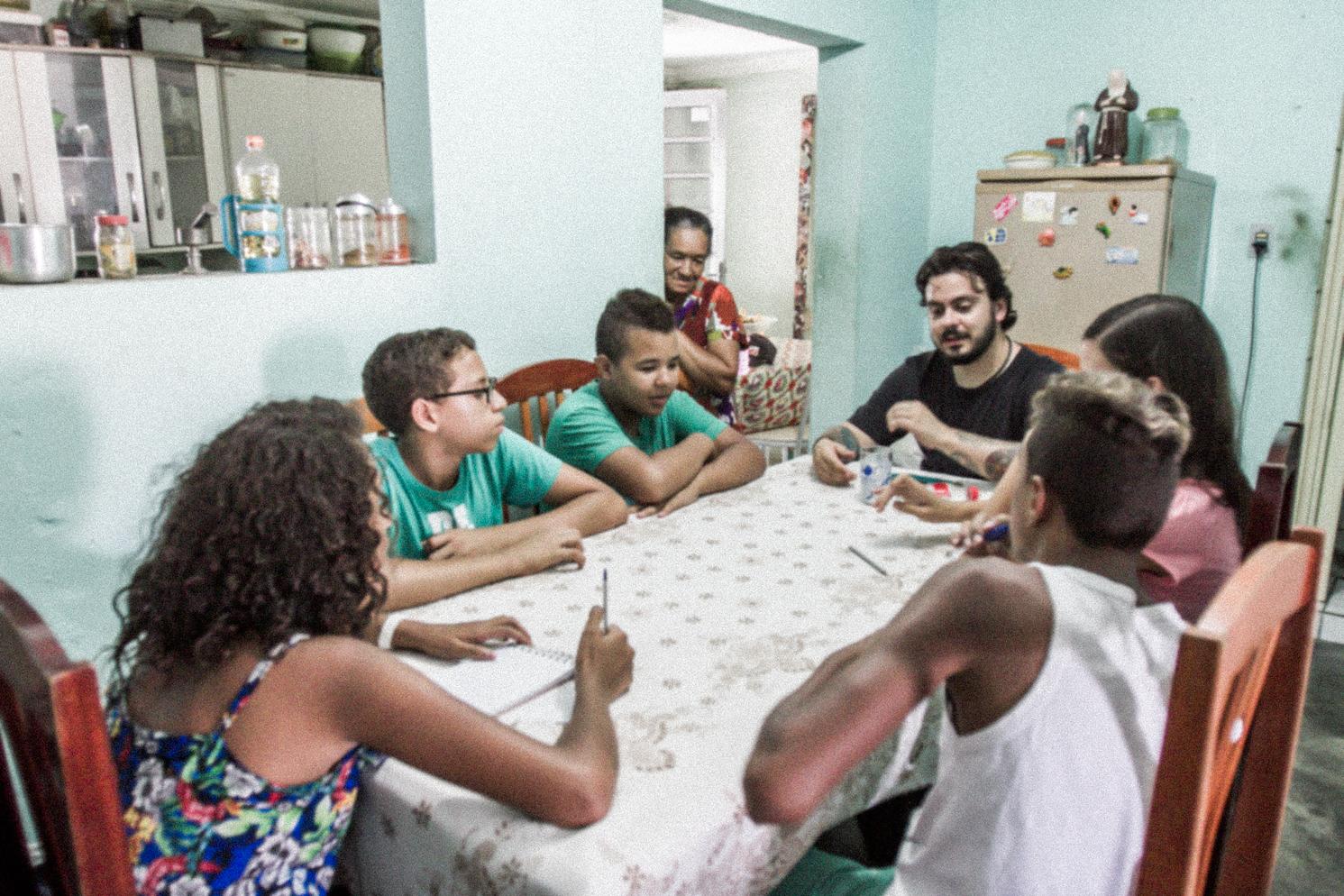 Cinéastes Locaux En Formation - Postulez pour être sélectionné parmi les 10 étudiants que nous formerons afin de réaliser un mini-documentaire sur Chefchaouen qui sera vu à travers vos propres yeux.