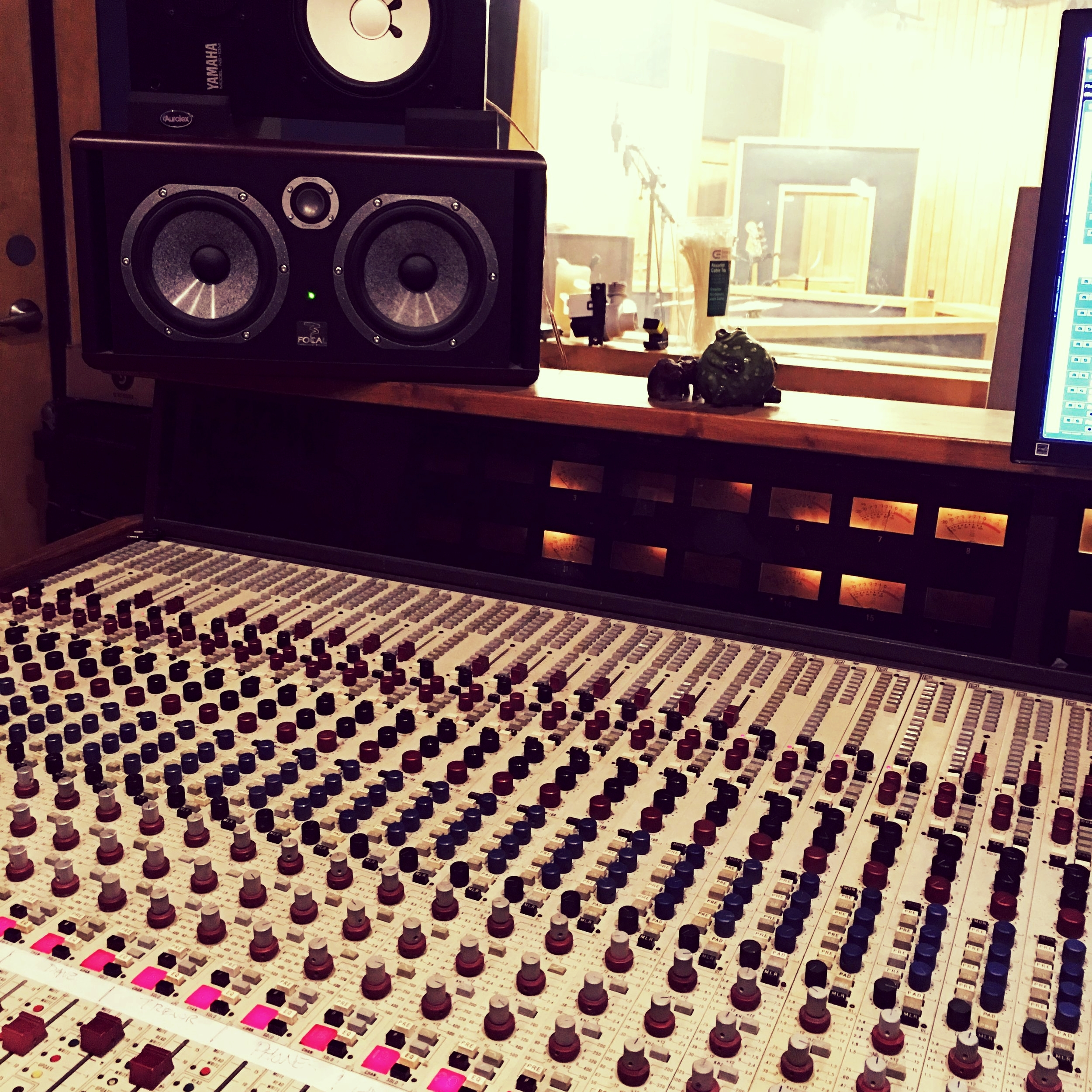 Estuary Recording - Estuary Recording Facility is my favorite place to work in Austin. The versatile space and premium gear list offers us the most options for the best-sounding tracks.