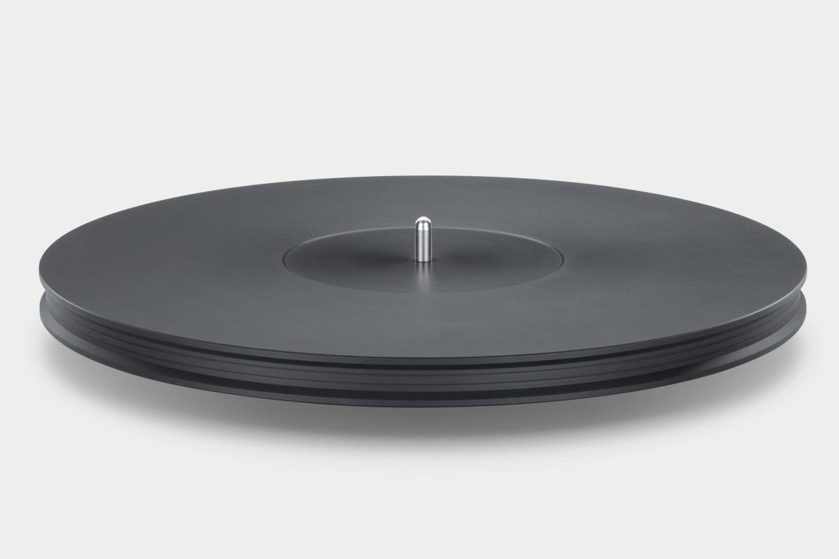 Mobile Fidelity StudioDeck Platter Detail
