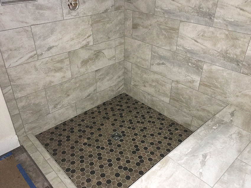 austin-ritz-ketterline-tile-shower-tub-1-mailchimp-web-d-&-s-flooring.jpg