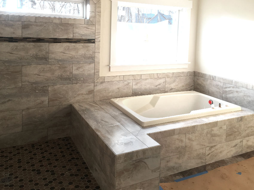 austin-ritz-ketterline-tile-shower-tub-3-mailchimp-web-d-&-s-flooring.jpg