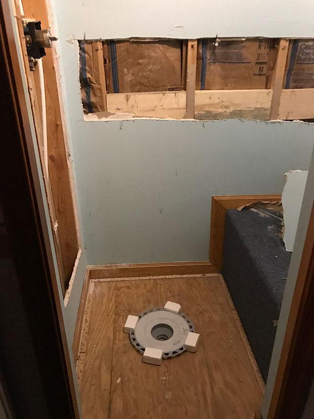 Jordan-Weaver-b-shower-tile-before-after-1-d-&-s-flooring.jpg