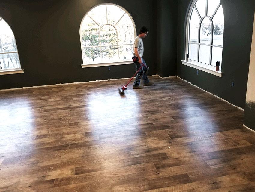 josh-plank-sight-and-sound-mannington-adura-LVP-5-mailchimp-web-january-2018-edit-d-&-s-flooring.jpg