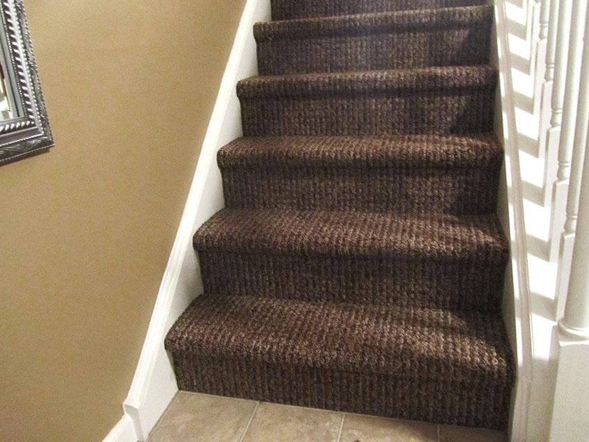 mike-marinari-kulick-lvp-carpet-on-stairs-15-after-d-&-s-flooring.jpg