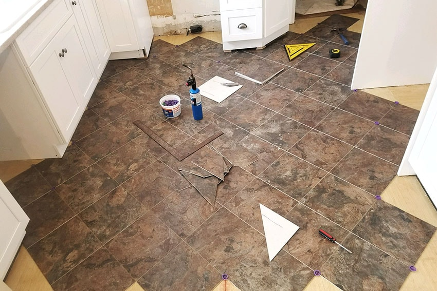 20180320-1-Josh-Plank-Tile-Kitchen-Floor-web-March-2018-d-&-s-flooring-min.jpg