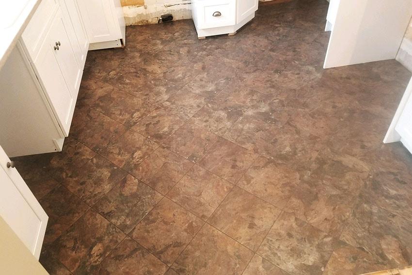 20180320-4-Josh-Plank-Tile-Kitchen-Floor-web-March-2018-d-&-s-flooring-min.jpg